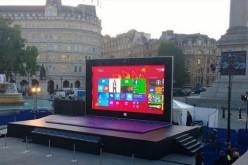 Microsoft-ը 8 մետրանոց պլանշետ է տեղադրել Լոնդոնում