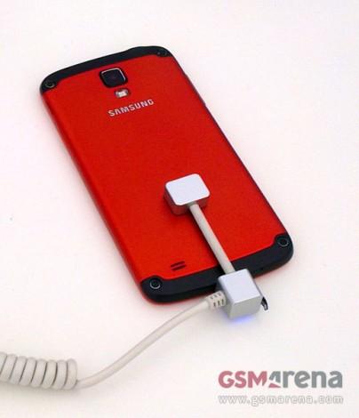 Samsung galaxy s4 active предстал во всей красе