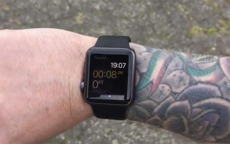 Apple Watch ժամացույցն անհամատեղելի է դաստակի դաջվածքի հետ (տեսանյութ)