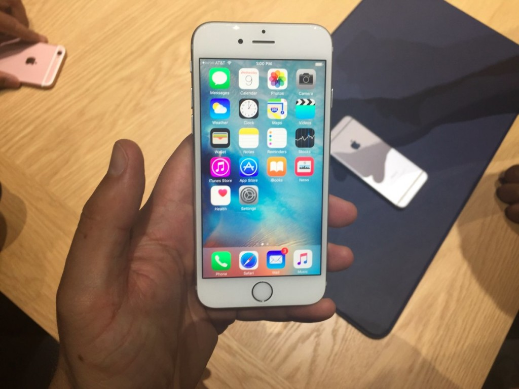 1-the-iphone-6s-is-the-best-phone-out-today-and-it-will-work-for-everyone