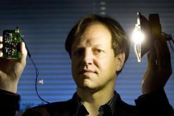Apple-ը փորձարկում է «լուսային Wi-Fi»` ապագա iPhone-ների համար