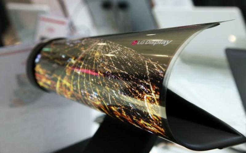 LG-ն ներկայացրել է 18 դյույմանոց ճկվող էկրան