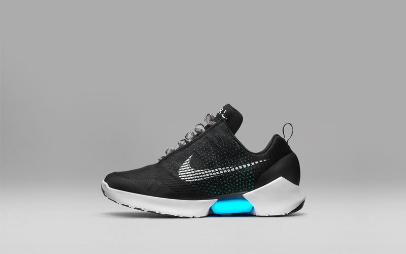 Nike-ի ինքնակապվող մարզակոշիկները դուրս են գալիս վաճառքի