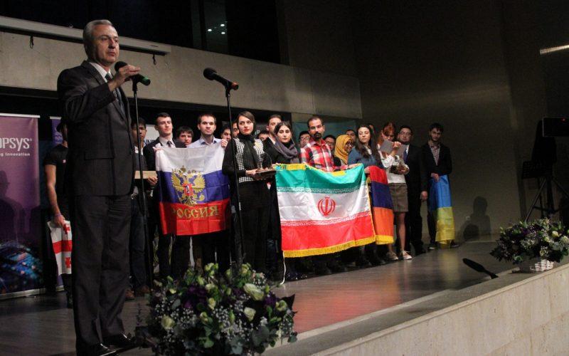 Երևանում պարգևատրվել են Միկրոէլեկտրոնիկայի ամենամյա միջազգային 12-րդ օլիմպիադայի հաղթողները