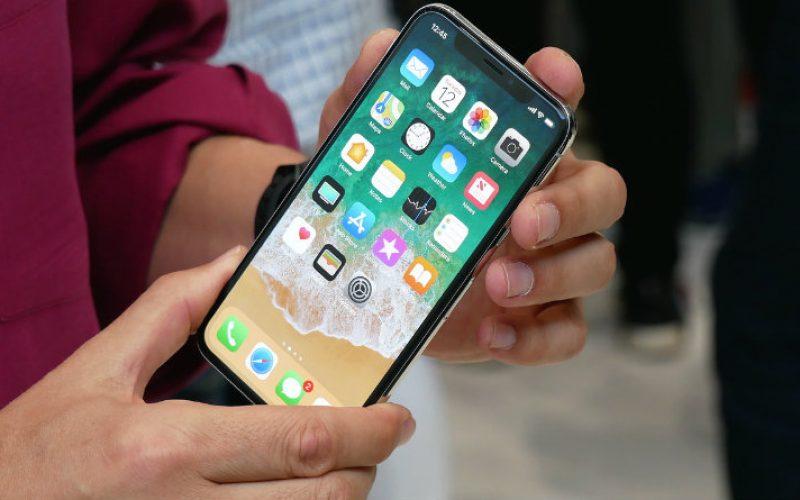 iPhone X. առաջին արձագանքներ, դրական և բացասական կողմեր