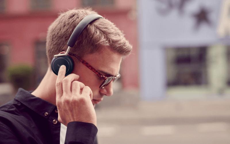 Ինչպե՞ս Android սմարթֆոնը ակնթարթորեն միացնել անլար ականջակալներին