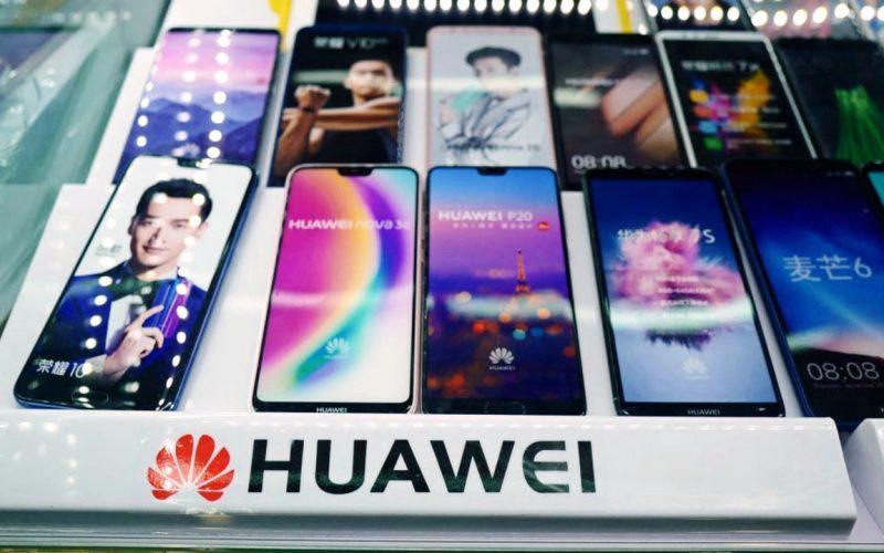 Facebook–ը կփակի Huawei–ի` օգտատերերի տվյալներին հասանելիությունը