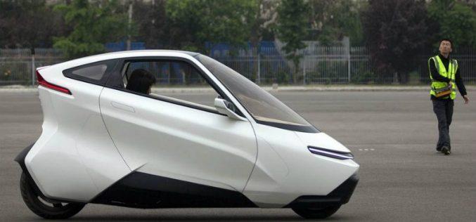 Չինացիները մոտոցիկլի և մեքենայի հիբրիդ են ստեղծել