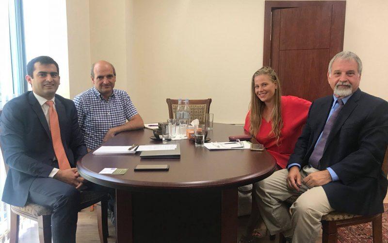Բրիտանացի պրոֆեսոր Էլի Թալմորը ՀՀ կապի, տրանսպորտի և ՏՏ նախարարության ներկայացուցիչների հետ քննարկել է հնարավոր համագործակցության հարցերը