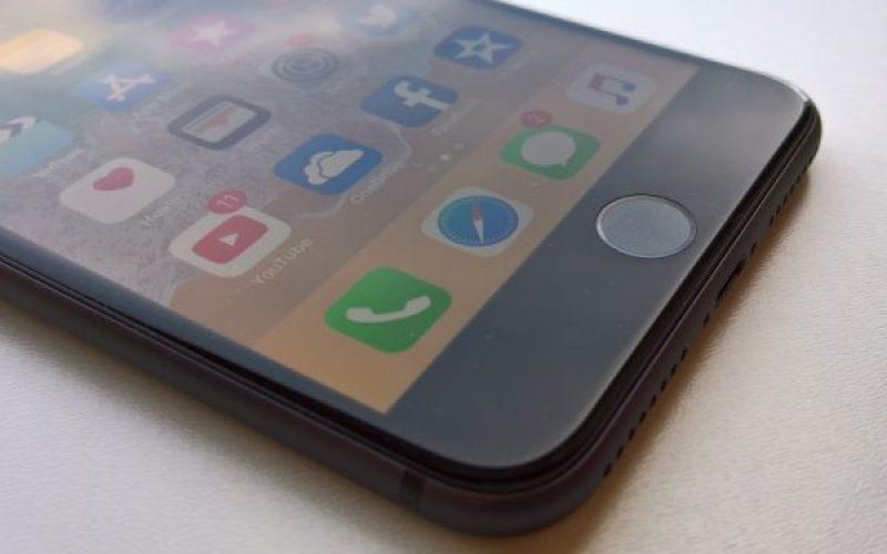 LCD էկրանով iPhone–ներ կարտադրվեն  նաև 2019-ին