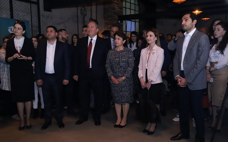Նախագահ Սարգսյանը ներկա է գտնվել Ucom-ի և «Creative Armenia»-ի ստեղծարար երիտասարդների միջոցառմանը