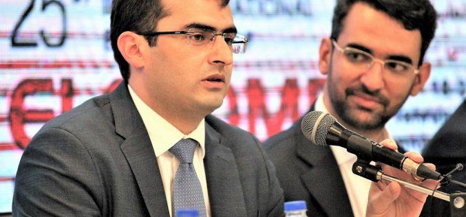 Հակոբ Արշակյանը Թեհրանում մասնակցում է «Սմարթ Իրան» կոնֆերանսին