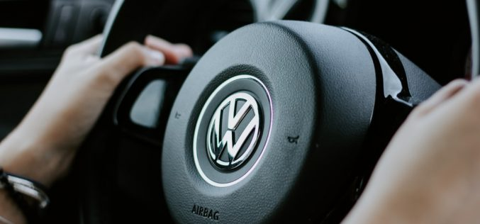 Volkswagen-ը Էլեկտրամոբիլների համար կթողարկի կուտակիչներ. Deutsche Welle