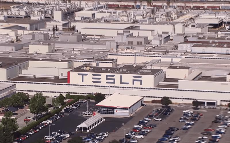 Մասկը պարտվեց․ Tesla-ն փակում է իր գործարանները