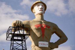 ԱՄՆ-ում Իլոն Մասկի ոսկե արձանն են տեղադրել