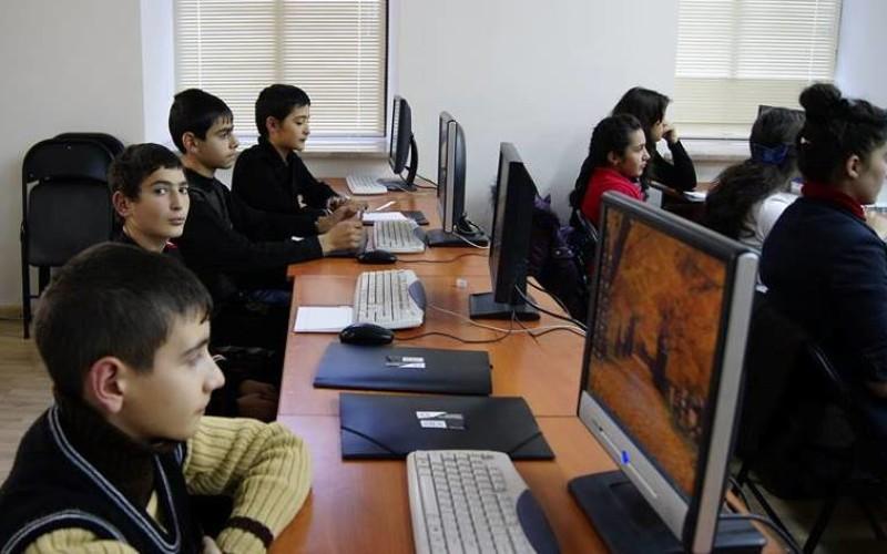 Գյումրու տեխնոլոգիական կենտրոնում անցկացվում է կրթական ծրագիր հաշմանդամություն ունեցողների համար