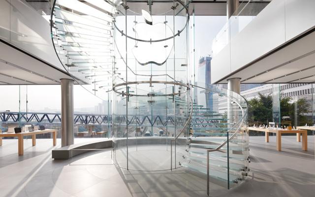 Hong Kong Apple Store 03