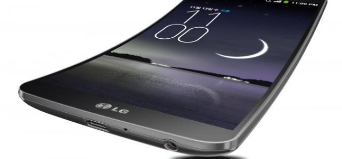 LG-ի G Flex սմարթֆոնն իսկապես ճկվող է (վիդեո)