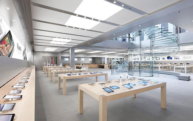 New York Apple Store 03
