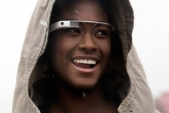Ամերիկուհին տուգանվել է ղեկին Google Glass կրելու համար