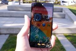 Nexus 5՝ նետում-փորձարկում (վիդեո)