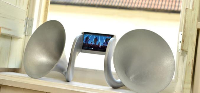 HTC-ն թողարկել է յուրօրինակ աքսեսուար՝ գրամոֆոն-դինամիկներ