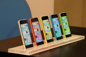 iphone-5c-front-colours