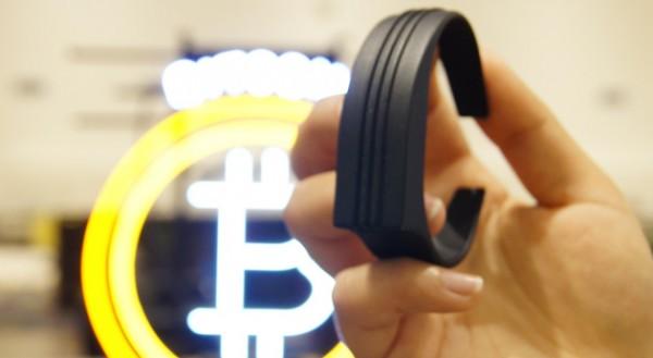 mevu-bitcoin-wrist-wallet