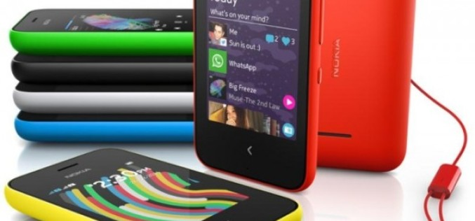 Nokia-ն ներկայացրել է Nokia 220 և Asha 230 բջջային հեռախոսները (MWC 2014)