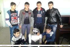 Վեդիի ռոբոտաշինության խմբակը պատրաստելու է հայ զինվորներին օգնական ռոբոտ (ֆոտոշարք)