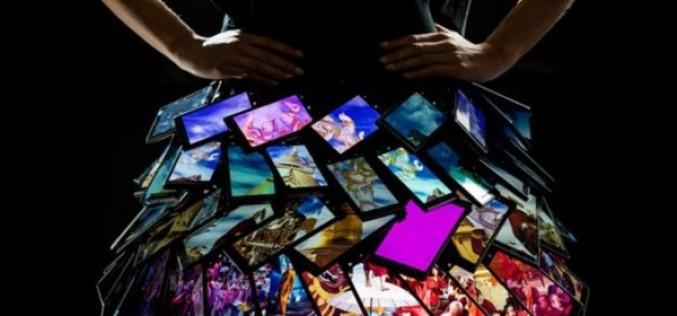 Դիզայներները ստեղծել են կիսաշրջազգեստ Lumia սմարթֆոններից